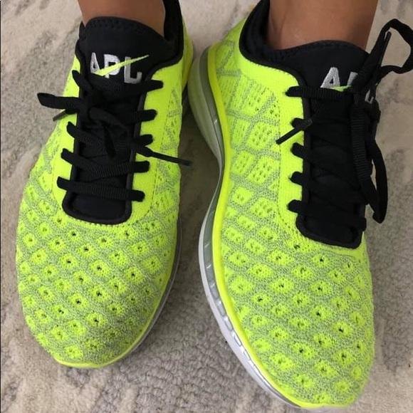 apl shoes fit